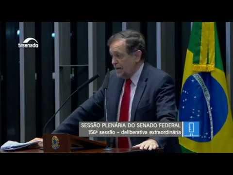 """(COMPLEMENTO) """"O Congresso Nacional foi uma grande escola"""", diz Pinheiro em tom de despedida"""