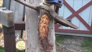 Securing Your Carving With A Simple Squeeze Clamp