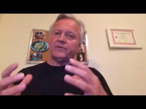 Health Benefits of Green Papaya | Q & A with Scott Mathias Ep4