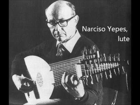 j.s. bach: gigue - double in c minor bwv 997, played by narciso yepes (13-course lute)