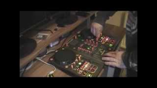 WuDz1 Xponent mix Electro House and DnB DjTech 2012