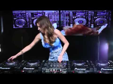 vdj wawan ahok kmc-Juicy M mixing on 4 CDJs vol  4