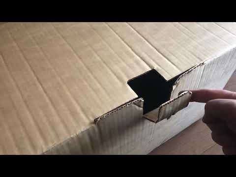 Кот в коробке 😂😂😂