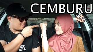 Gambar cover DIA CEMBURU! (ft Nabila Razali)