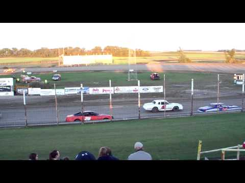 100 0717 2015-09-07 Devils Lake Speedway Pure Stock Feature
