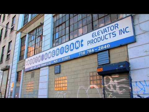^MuniNYC - 21st Street & 41st Avenue (Queensbridge, Queens 11101)
