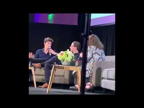 Shawn Mendes: 'Artist of the year' at Live Music Summit