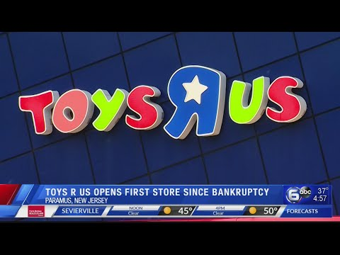 Toys 'R' Us Is Back With Its First New Store In The US