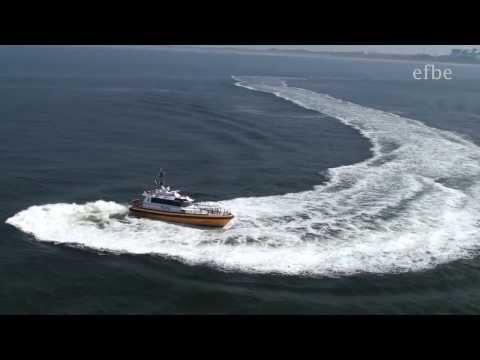AIDAluna Schleuse Ijmuiden + Showeinlage Lotsenboot | Mai 2013