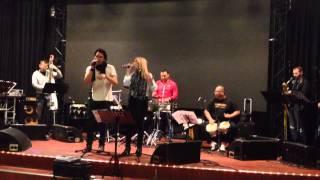 Sayen & Orquesta Del Solar - Vivir Lo Nuestro LIVE at Latin Music Cruise 25th October 2014