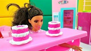 Салон красоты - Новые серии Барби. Тереза поправилась