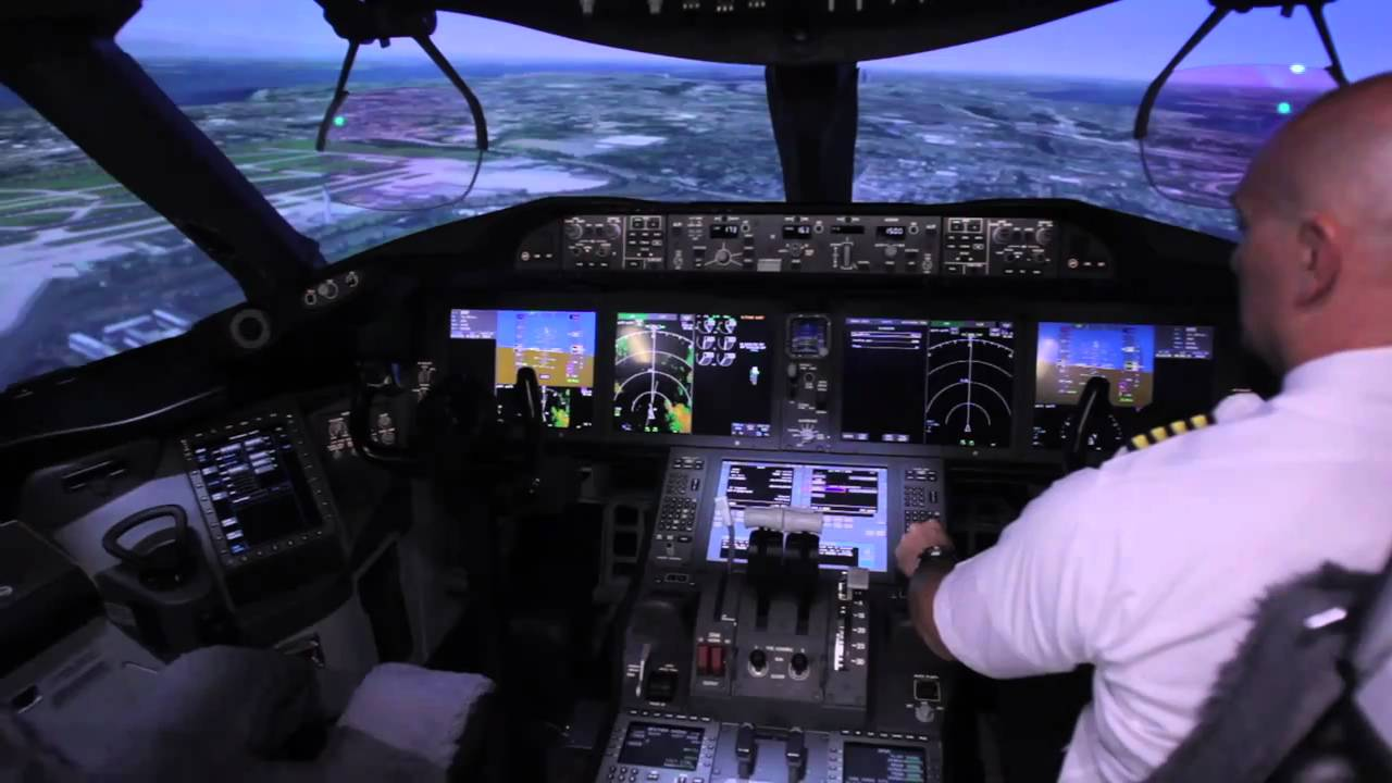 Testing the CAE Boeing 787 Flight Simulator - Gear Patrol