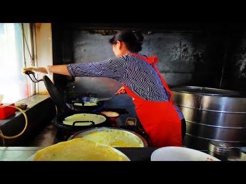 山東傳統早餐,雞皮,雞肉全放一碗6元,再拌一份雞皮10元,真香【饞貓探店】