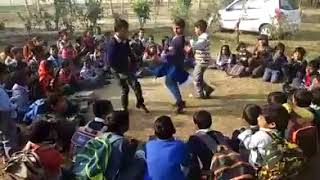 Govt School Child Celebrate HAPPY NEW YEAR 2018 SCHOOL KIDS CELEBRATE HNY WITH HELP OF TABLES
