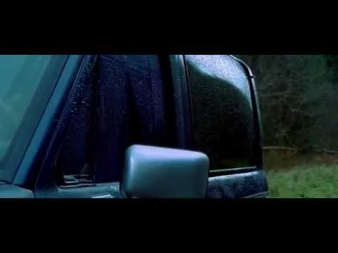 The Descent (2005) Jump Scare - Juno In The Car