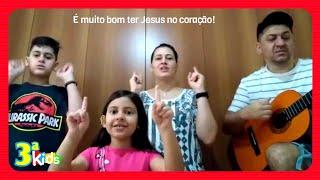 Louve a Deus! É muito bom ter Jesus no coração | Terceira Kids