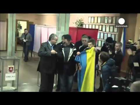 Crimea holds break away referendum