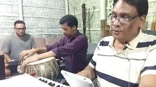 Ke jeno aj amar chokhe-কে যেন আজ আমার চোখে live by Shahriar Khaled