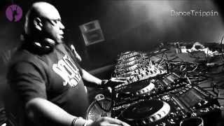 Carl Cox feat John McGough - The Player (Onionz Remix) [played by Carl Cox]