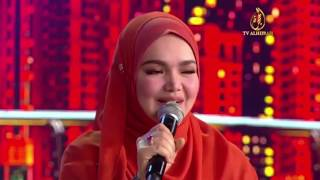Video A bit with Ebit - Siti Nurhaliza download MP3, 3GP, MP4, WEBM, AVI, FLV November 2018