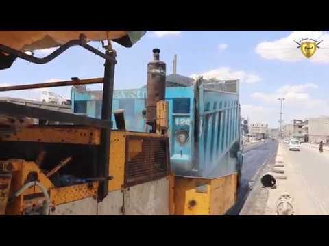 بلدية الشعب في منبج تواصل تعبيد الطرق والشوارع في المدينة
