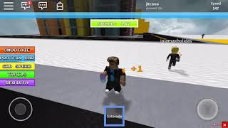 ROBLOX: Playing with my brother better than me!!