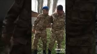 Tikli asker vs komutan