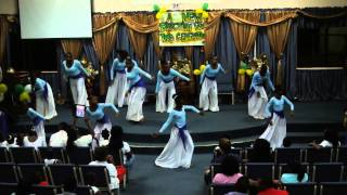 Solid Rock Assembly - Praise In Motion - The Walls Group