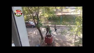 мужик ссыт в Минске