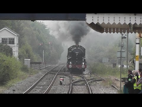 5043 roaring through The Welsh Marches at Abergavenny 20/09/2014