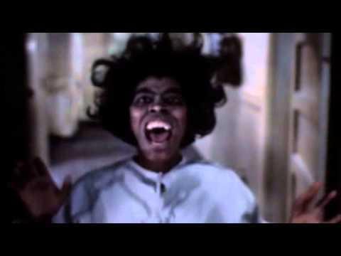 Steiler Zahn bei TELE 5: Dracula aus Afrika / Oliver Kalkofe und Peter Rütten beißen sich durch 'SchleFaZ: Blacula' / 7. Februar 2014, 22.10 Uhr auf TELE 5