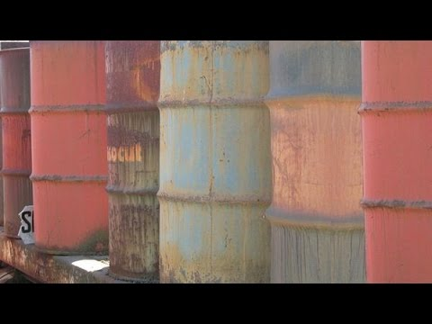 Shale Boom & Bust: The Myth of US Oil Independence (w/ Dan Dicker)
