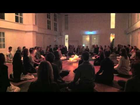 Live 432hz piano improv @ huge group meditation - New Yoga School Amsterdam