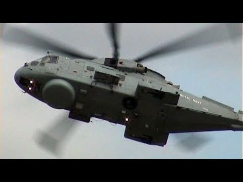 Agusta Westland EH101 Merlin HM Mk1 Royal Navy - Impressive Flight Display