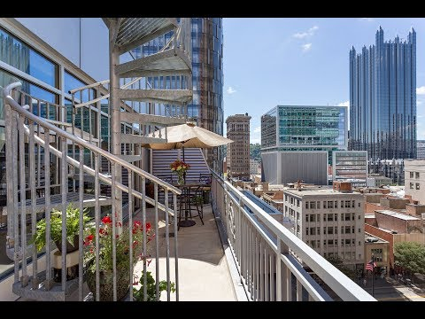 Contemporary Fifth Avenue Penthouse in Downtown Pittsburgh, Pennsylvania