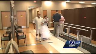 Paralyzed bride surprises wedding guests