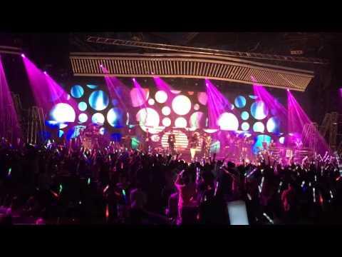 第一页,活在此刻 - Angela Zhang (张韶涵) Singapore Concert 2016