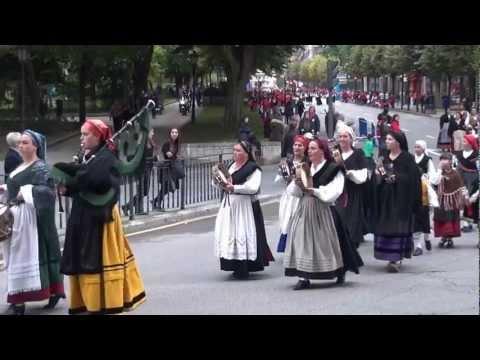 Gaiteros asturianos  en la entrega Premios Príncipe Asturias 2012