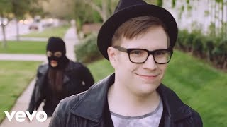 Repeat youtube video Fall Out Boy - The Young Blood Chronicles (Uncut Longform Video)