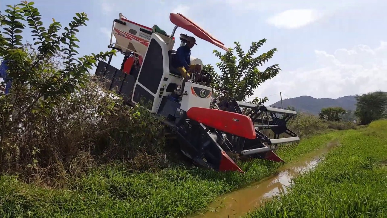 World Most Amazing Modern Agriculture Heavy Equipment | Amazing Tractor Fails #Tractor Stuck In Mud
