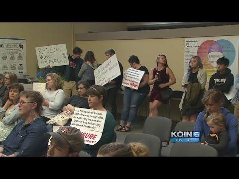 Parents shut down David Douglas board meeting
