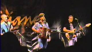 Steve Riley And The Mamou Playboys  -  Laissez Les Bon Temps Rouler