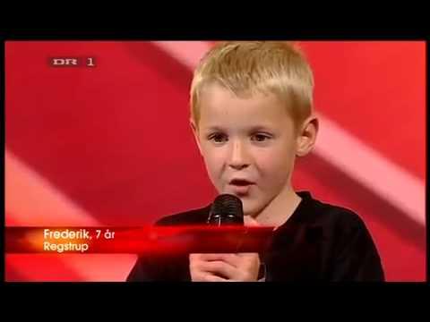 7 year old boy beat box