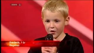 7 year old boy beat box