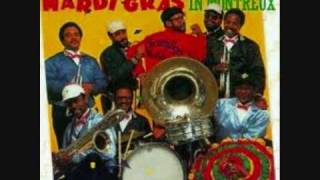 DIRTY DOZEN BRASS BAND ~ Mardi Gras In New Orleans...Live!