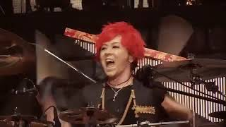 Linked Horizon   Shinzou wo Sasageyo Live Performance AtaqueLow,480x360, Mp4