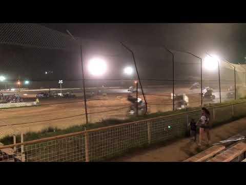SUS Sprint Cars at 105 Speedway