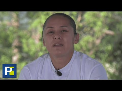 Esta mujer lucha por encontrar a quien desnudó y acribilló a balazos a su madre hace 20 años
