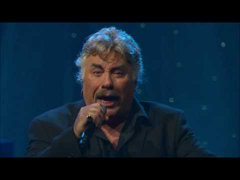 Tony Orlando Performs