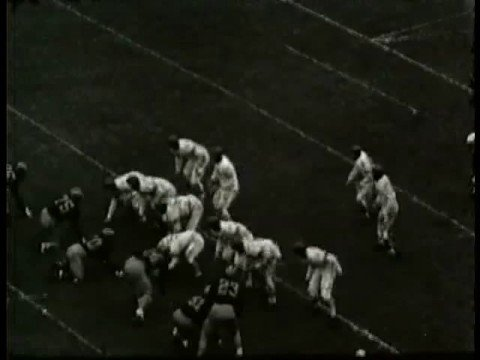 Otto Graham Gains Yards for Northwestern (1943)